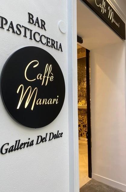 Manari cafe