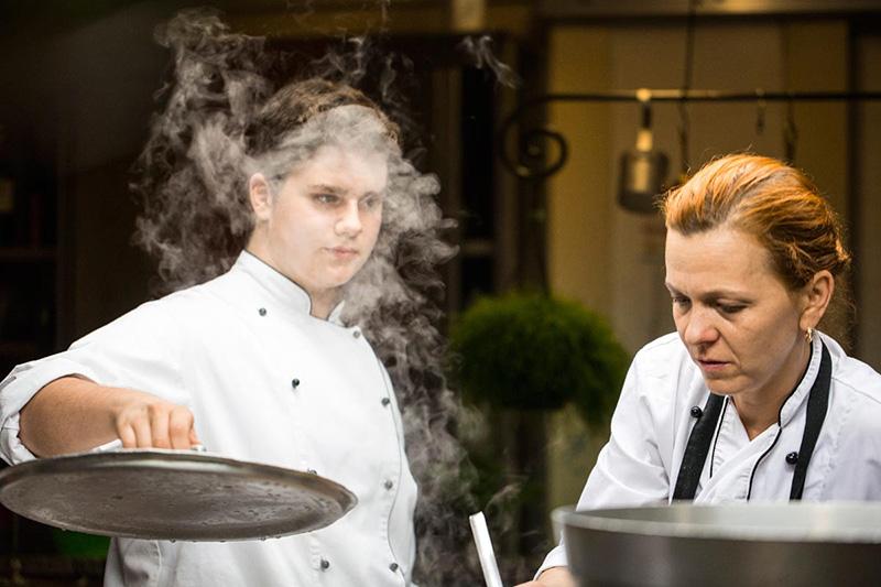 Ristorante Pinocchio Francesco e Janna in cucina