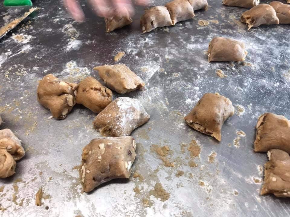 SUSAMIELLI - Il taglio della pasta