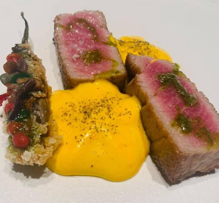 Casamare - Chateubriand di tonno con salsa bernese e melanzana