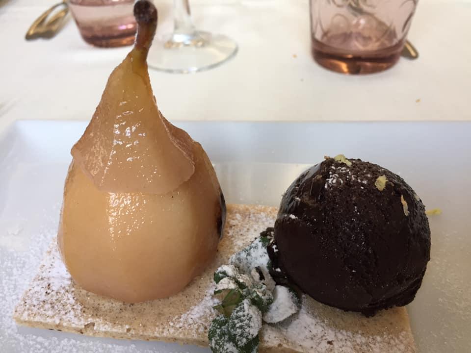 Gerani, pera con ricotta e cioccolato