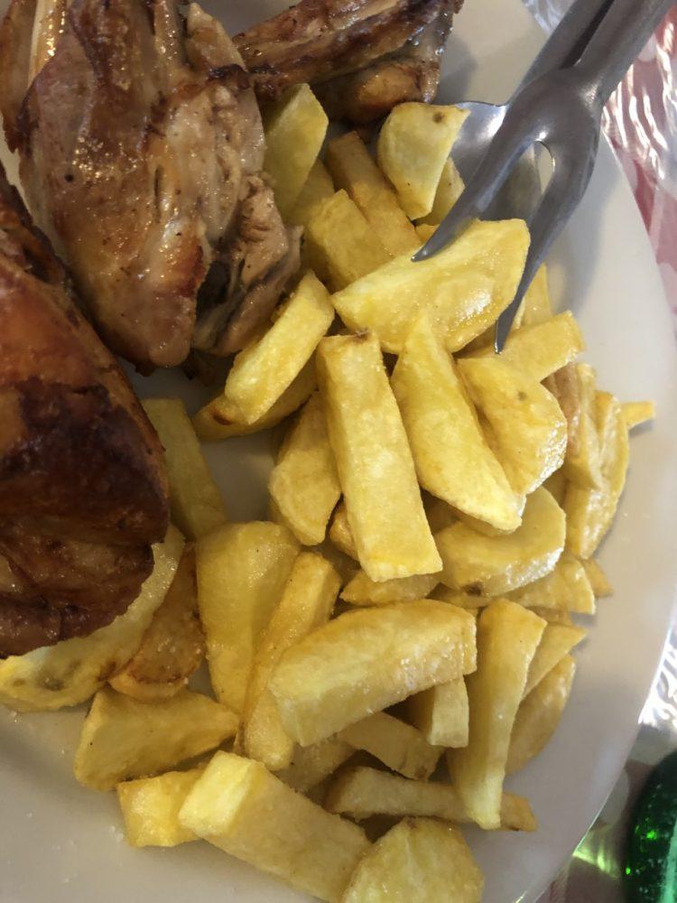 Osteria da Addolorata - pollo e patate fritte