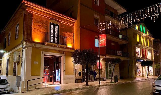 Il nuovo locale della pizzeria Campana dal 1990