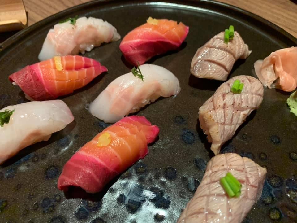 Ristorante Umi - NIGIRI otoro, sukuzi e sake marinato alla rapa rossa