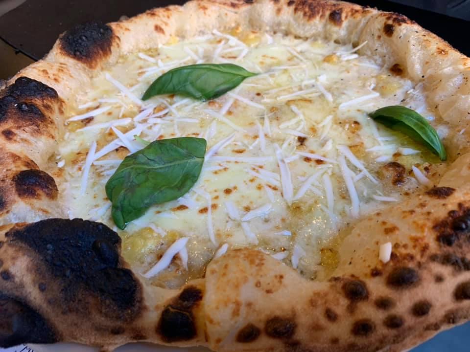 Anema & Pizza Frattamaggiore -Quattro formaggi