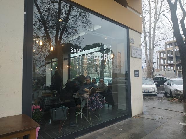 Sant'Isidoro Pizza & Bolle - Ostiense - L'esterno