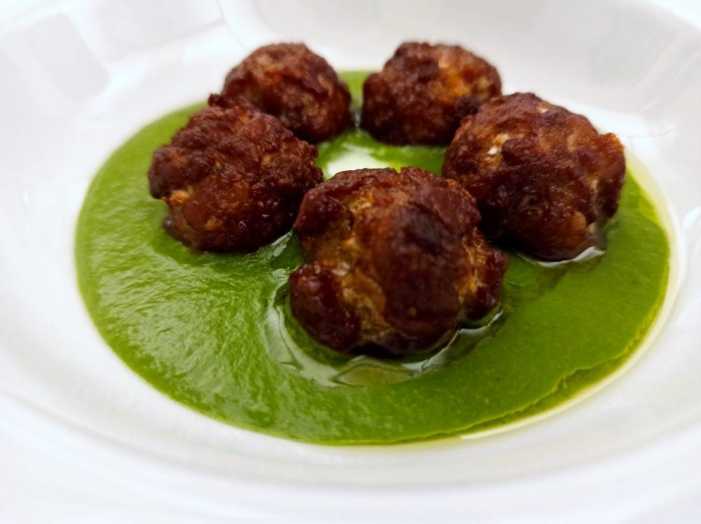 Sapori - polpettine di salsiccia rossa di Castelpoto su crema di broccoli