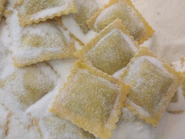 Meraviglie in Pasta - i ravioli con cime di rapa e salsiccia