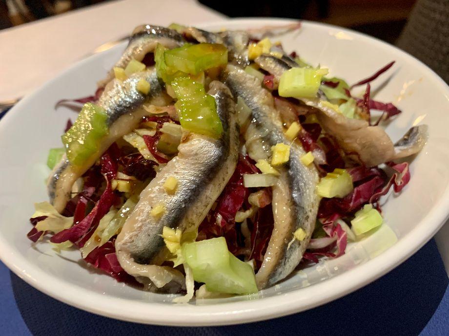 Taverna Kerkyra-Insalata di alici marinate, salsa di soia e zenzero
