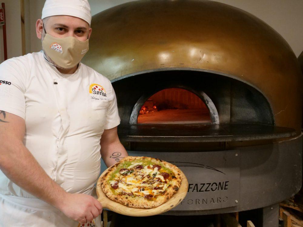 Salvatore Di Bona - Pizzeria Sunrise