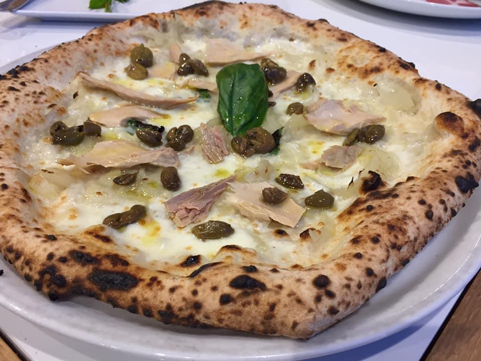 Da Zero a Vallo della Lucania, tonno, cipolle e olive schaicciate salella