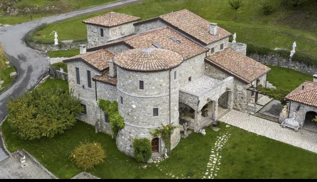 Castello della Mugazzena - Lunigiana