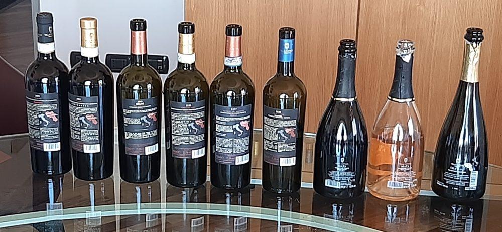 Controetichette vini di Villa Matilde