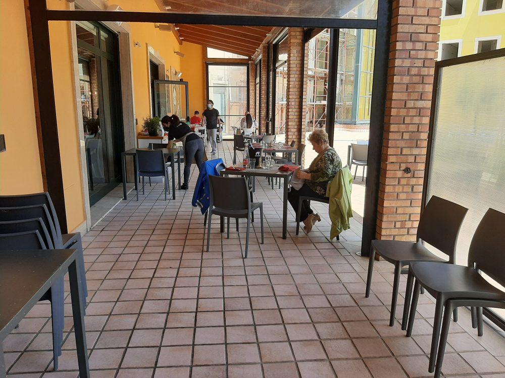 Pizzeria Dazero Spazio esterno