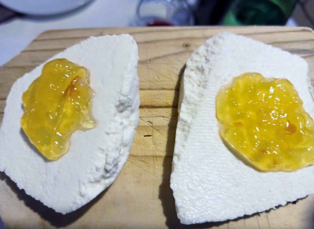 Alle Falde del Taburno - La Ricotta con marmellata all'arancia