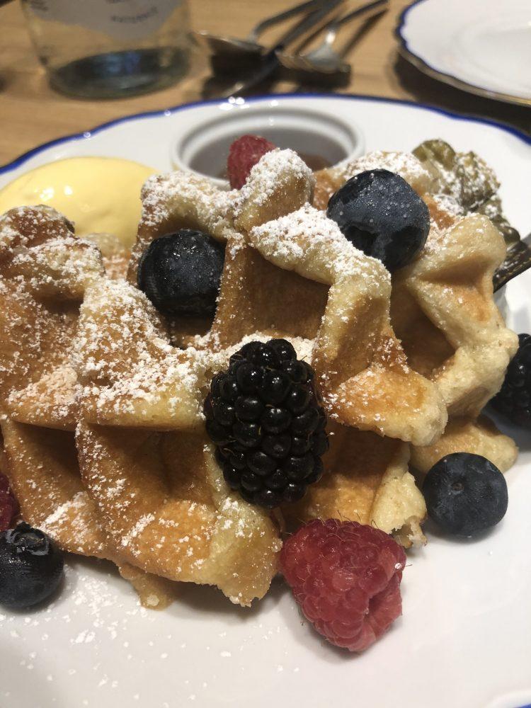Enoteca La Torre in Prati - Waffle ai frutti di bosco