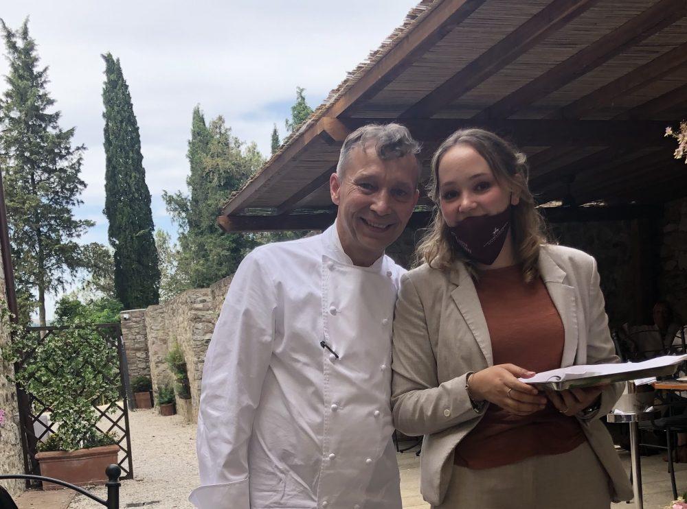 Lo chef Oliver Glowing con sua figlia a Locanda Petreja