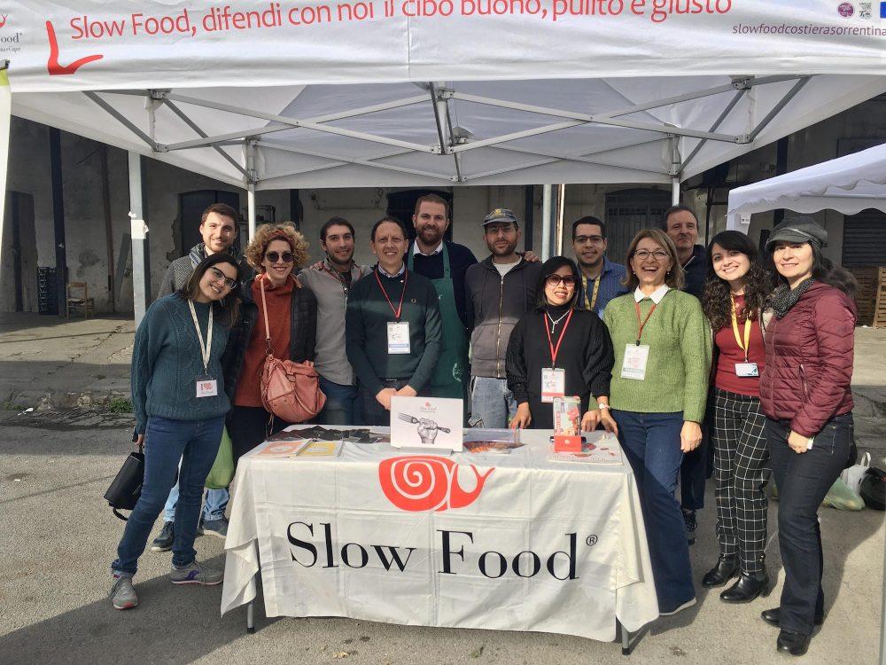 Slow Food appuntamento mercato della terra