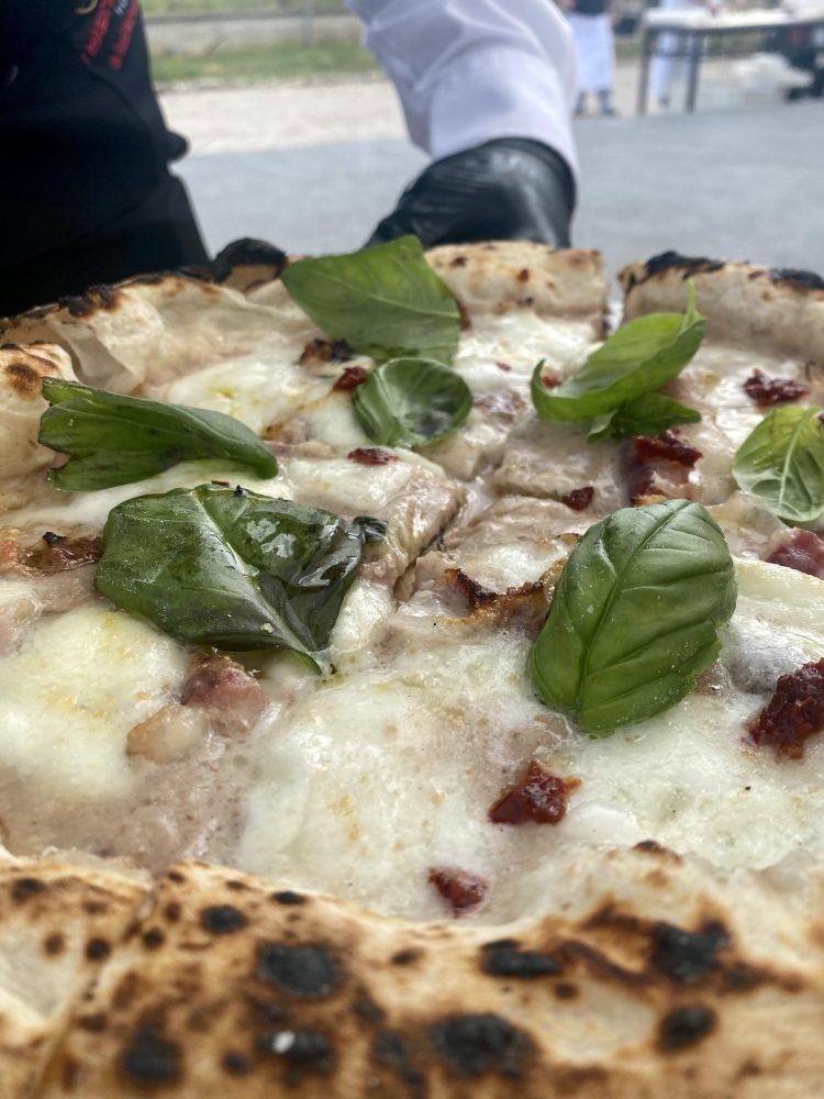 Tenute Bianchino e Sasa' Martucci - Pizza Casereccia