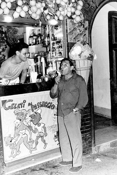 Bar Scialapopolo - Renato Rascel