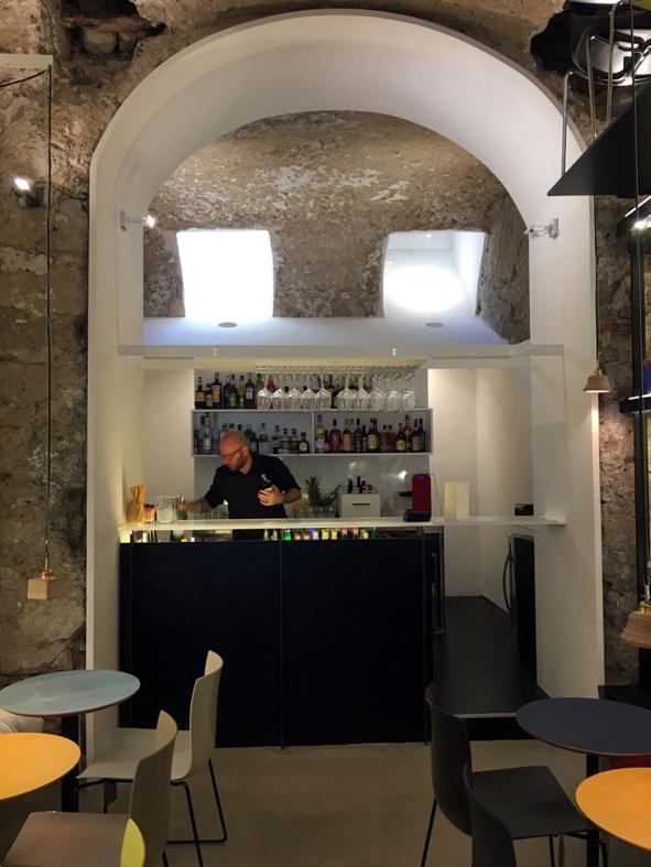 Yuu Bar