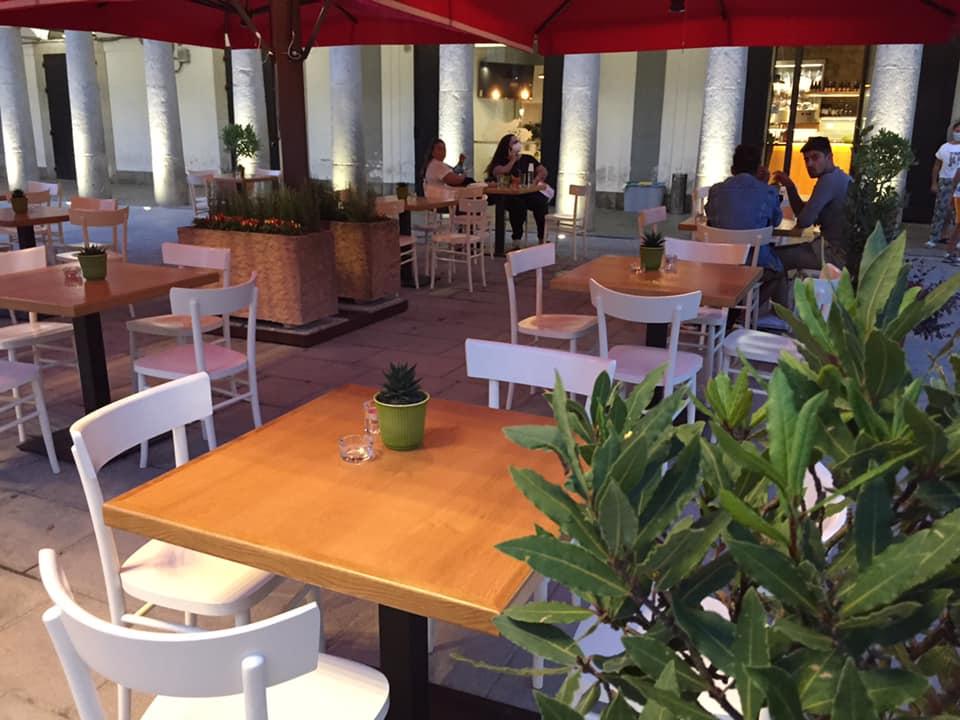 Gusto FIEJ, i tavoli in piazza
