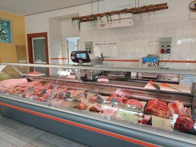 Azienda Agricola Taglienti - il bancone della carne