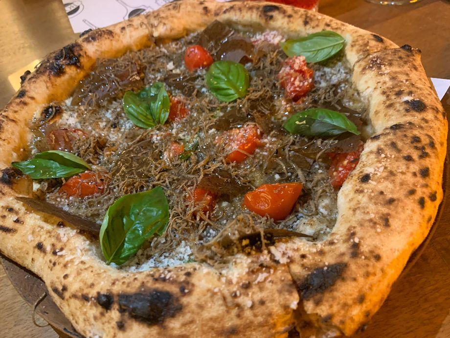 Bob Alchimia a Spicchi-pizza violetta