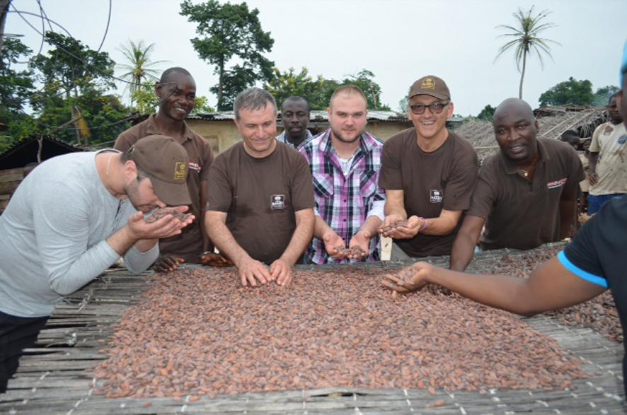 Cacao Barry la delegazione visita le piantagioni